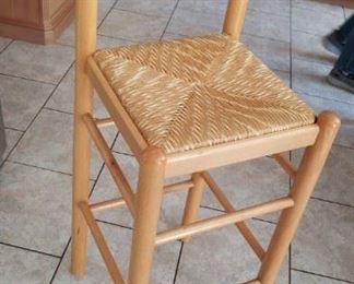 3 of these bar/island stools