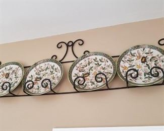 decorative plates with metal holder