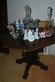 ANTIQUE TABLE, COLLECTIBLES