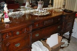 Stunning Buffet - part of 4 pc dining room set