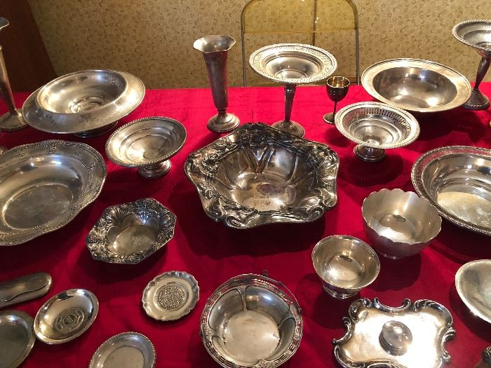 Art Nouveau bowl center is silver plate