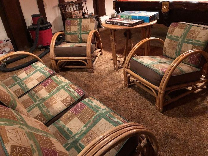 Vintage rattan sofa & 2 chairs