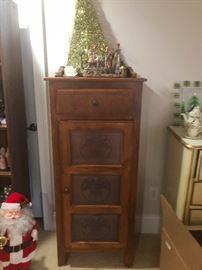 Tin cabinet pie chest