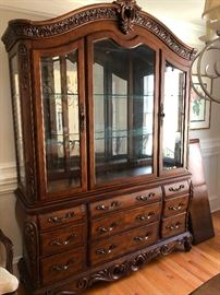 Lookit this china cabinet!! Pulaski! People will wonder where you got the THOUSANDS of dollars to afford this, when the secret is BEES KNEES! We make you look rich for cheap!