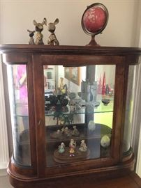 This is a really cool display case. ANOTHER globe! Be worldly! And are those big-eared brass mice sculptures? How can you live without THAT?