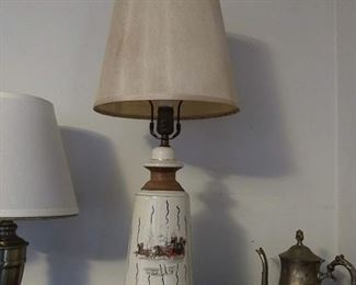 Vintage lamp with stagecoach drawing