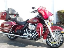 We'll Be Adding More Pictures Of The Sale Soon...But We Thought We'd Get The Harley-Davidson Out There For All To See!  SHE. IS. A. SPOTLESS. BEAUTY!...