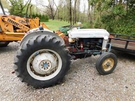 Ford 4000 Diesel Tractor(1960's)