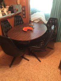 Chromcraft Sculpta Star Trek table & chairs