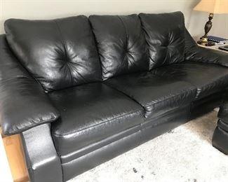 Natuzzi leather sofa in excellent condition.