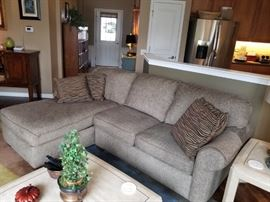 Flexsteel sofa with chase lounge  $425