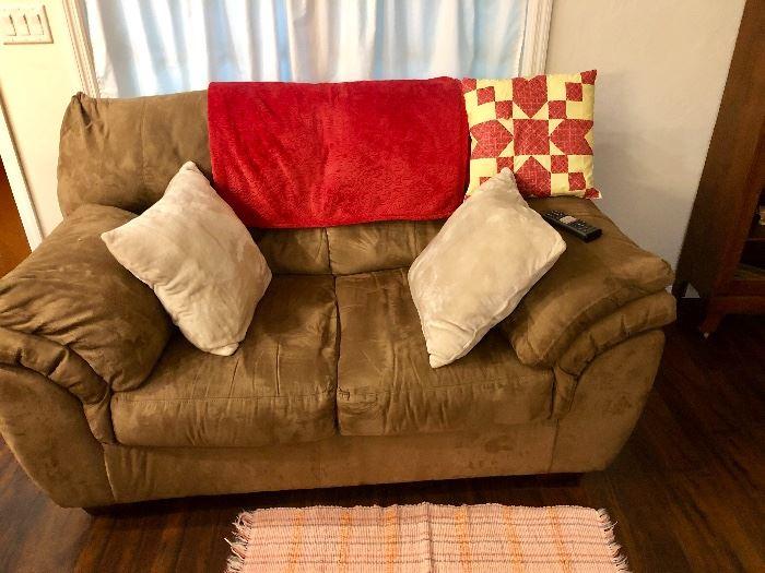 Comfy love seat