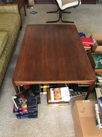 """""""Dux"""" coffee table"""