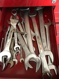 Tools included in Dandy tool box