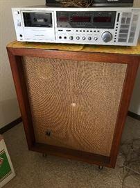 Vintage JBL speakers, Great sound and Modern