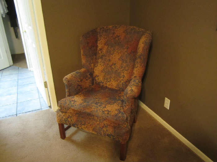 Wing Back Sitting Chair