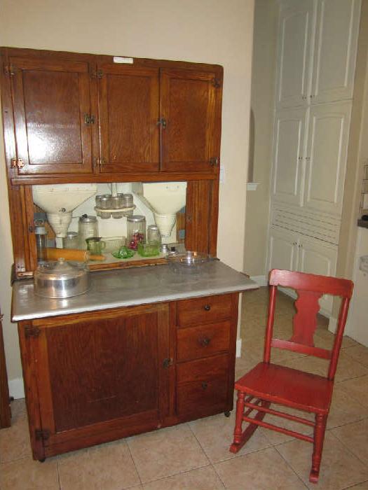 Fantastic Hoosier Cabinet! Excellent Condition!