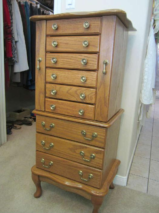 Jewelry Armoire Great Condition!