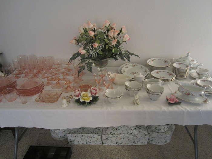 Pink Depression Glass and Moss Ross Johahn Haviland China, Capodimante