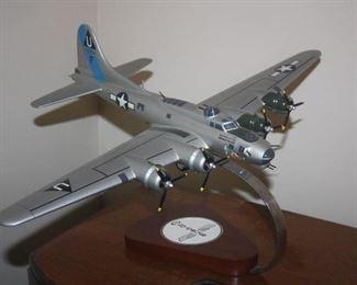 VINTAGE AIRPANE REPLICA MODEL