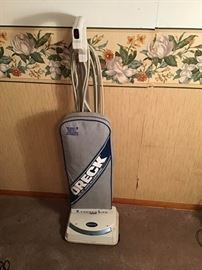 Oreck XL2 Vacuum Cleaner