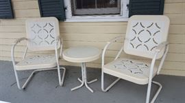 Motel chairs / conversation set - Vintage outdoor chic!