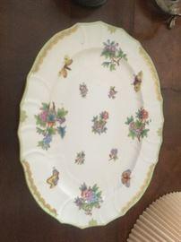 Under platter for the Queen Victoria Herend Tureeen