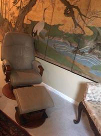 Ergonomic Chair and ottoman