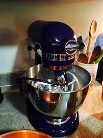 New! Kitchen Aid Mixer