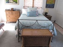 Charles P. Rogers Daybed Trundle Charles P. Rogers Queen Bed