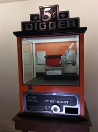 Vintage Coin Operated Nickel Digger Grab Amusement Arcade Game. Invented by William Bartlett and Patented in 1932 known as the Miami Digger!