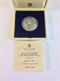 Rare Vatican City Official Annual Medal 1987 Pope John II, IX Anniversary, .986 Silver. Limited Edition Numbered 3661/6000.