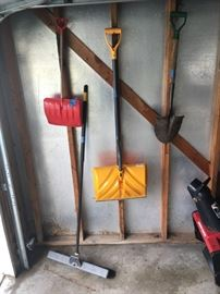 shovel garage stuff