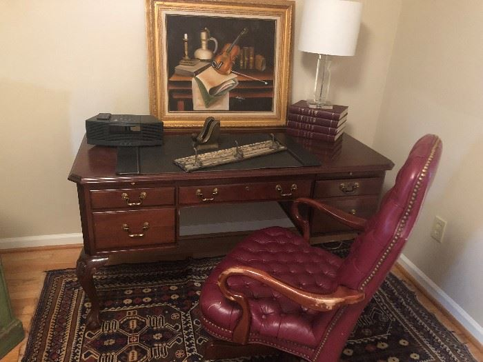 ETHAN ALLEN DESK AND TUFTED LEATHER CHAIR