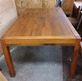 C003 Brown Saltman Ponderosa Pine Table