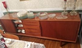 Buffet w/matching Table & Chairs. The table has hidden leaves.