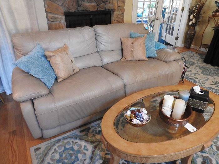 Cindy Crawford Power Dual Reclining Sofa