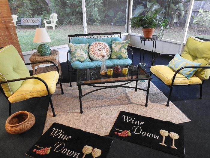 Martha Living patio set