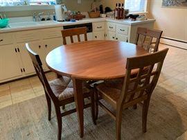 Wooden Dropleaf Table https://ctbids.com/#!/description/share/131948