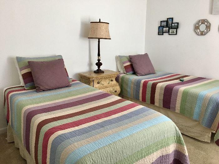 Twin Tempurpedic Beds