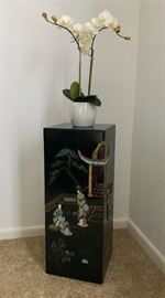 Inlaid Asian Style Pedestal