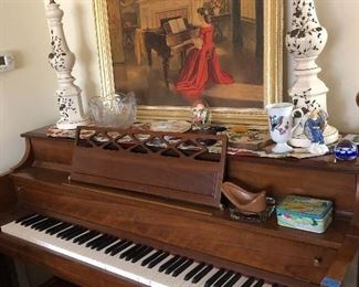 Beautiful Kawai Upright Piano in excellent condition