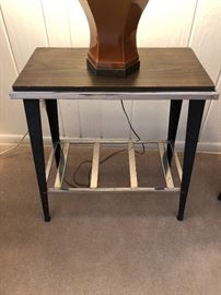 Wood & metal accent table