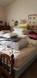 COMPLETE BED  --  COMFORTOR SET  --LOTS OF NICE BLANKETS  --  PILLOWS  ETC.