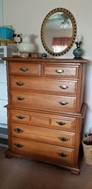 NICE CHEST OF DRAWERS  --  MIRROR
