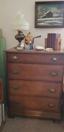 CHEST OF DRAWERS  --  VINTAGE LIGHT