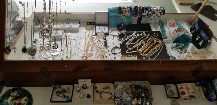 Jewelry being displayed....a work in progress.  There is so much!!!!