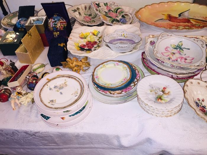 decorative Christmas ornaments, small figurines, painted trays
