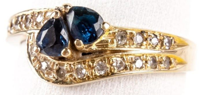 Lot 5 - Jewelry 14kt Yellow Gold Sapphire & Diamond Ring