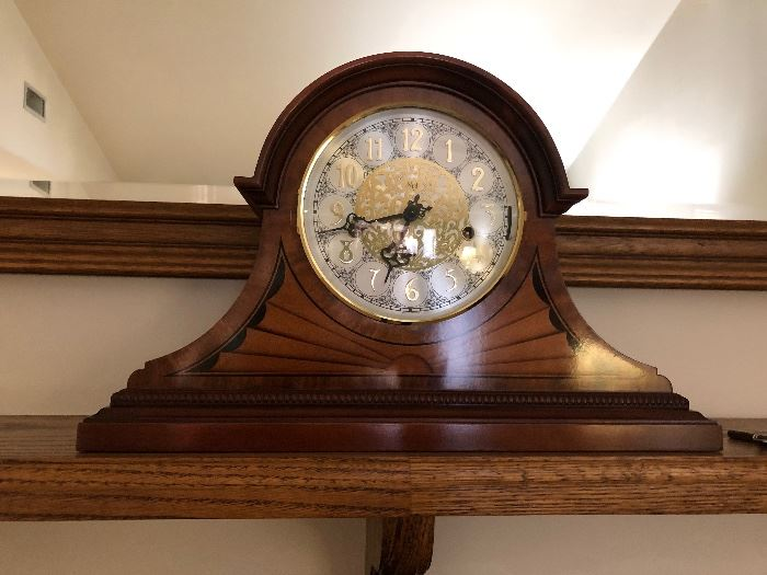 SLIGH MANTLE CLOCK - BRAND NEW